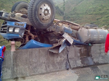 vrachtwagen_ongeluk_china_2