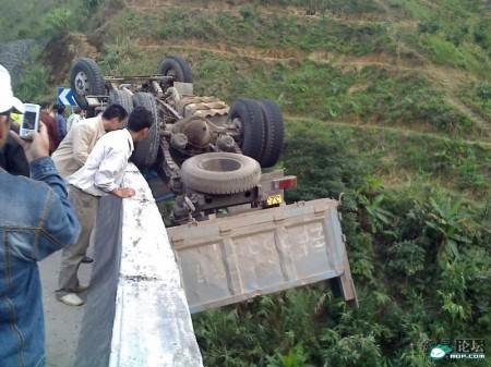vrachtwagen_ongeluk_china_5