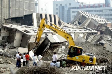opblazen_gebouw_china_4