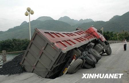 vrachtwagen_china_brug-1