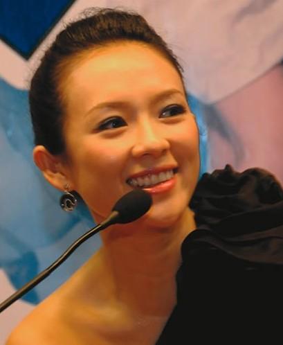 zhang_ziyi_lacht_1