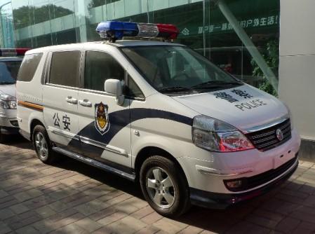 china_politie_auto_1