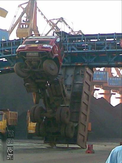 vrachtwagen_ongeluk_china_3