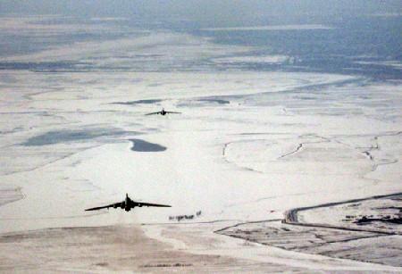 bommenwerper-ijs-china-1