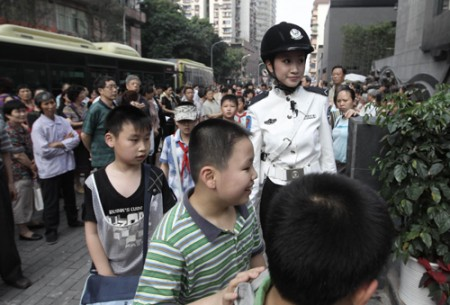 politie-agentes-china-1