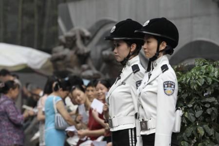 politie-agentes-china-4