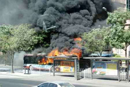 busbrand-beijing-juli-1