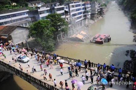 illegaal-gebouw-china-opgeblazen-4