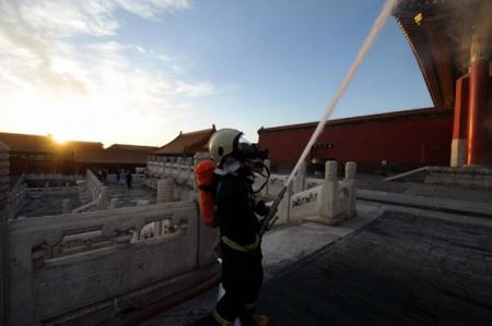 Brandweer in Beijing oefent in Verboden Stad