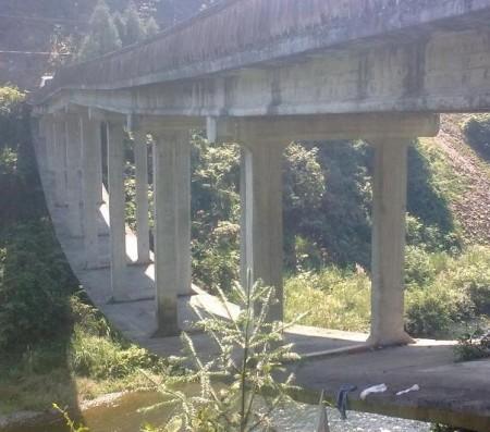 bizarre-brug-china-5