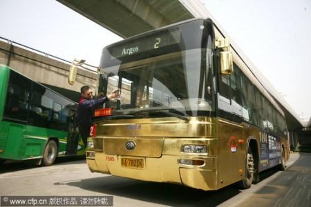 gouden-bus-uit-china-2