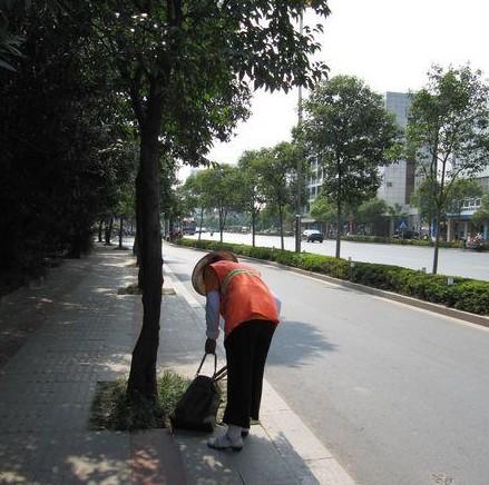 straatveegvrouw-china-lv-3