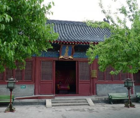 zhihua-tempel-beijing-6