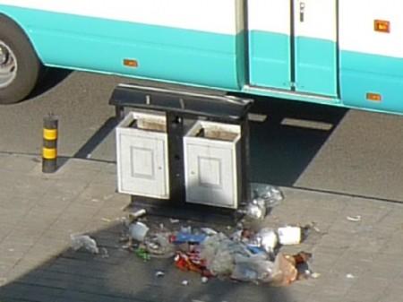 vuilnisbak-straat-2-1