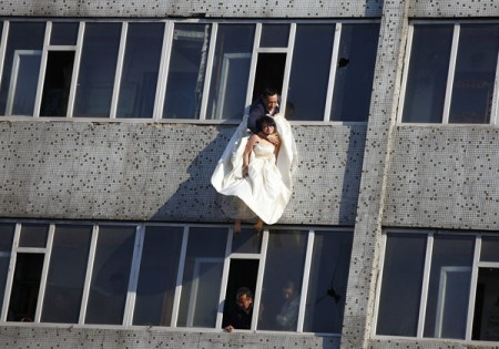 zelfmoord-in-trouwjurk-china-2