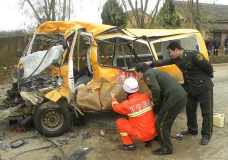 schoolbus-kinders-dood-china-1